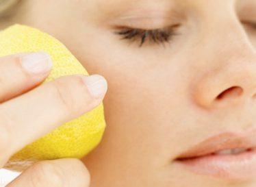 از بین بردن لکه های پوستی با ترکیب خانگی