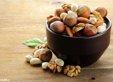 کاهش خطر سرطان روده بزرگ با مصرف آجیل