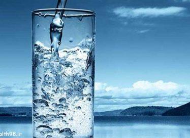 ادعای محققان اسپانیایی، آب بنوشید تا چاق نشوید