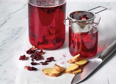 درمان نفخ شکم با این نوشیدنی ها
